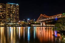 A wider view of the Story Bridge