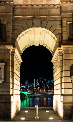 Looking through the Arch of the Old Victoria Bridge